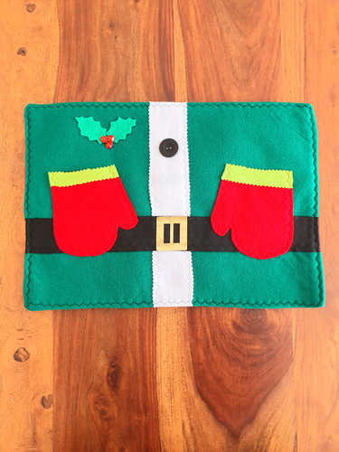 Elf placemat with gloves