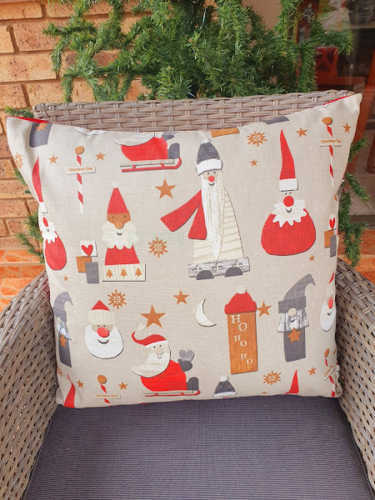 Santa in various ways Christmas cushion