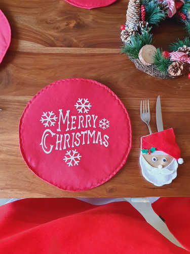 Merry Christmas round placemat