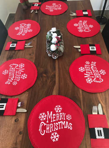 Merry Christmas round placemats