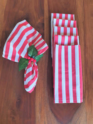 Red & white Christmas napkins