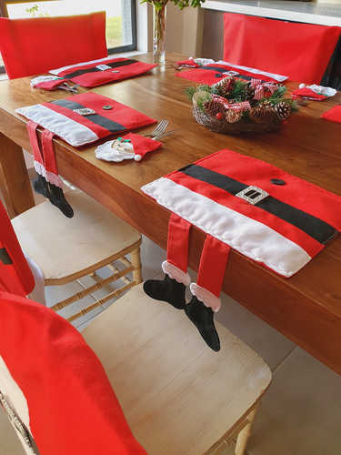 Santa placemat with hanging legs