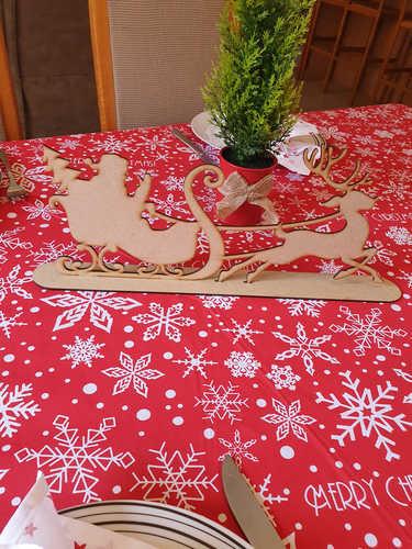 Santa sleigh centerpiece