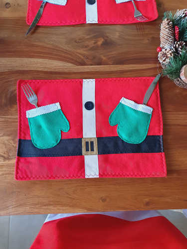 Santa with gloves placemat
