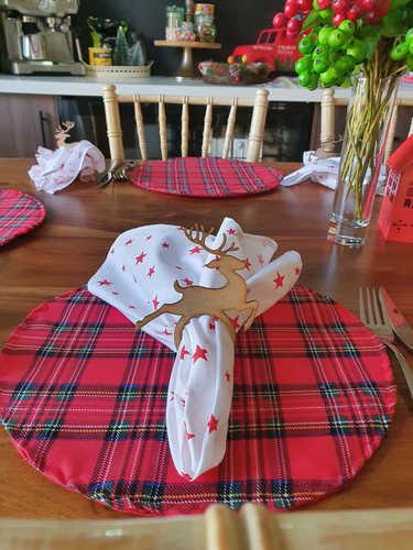 Reindeer napkin rings