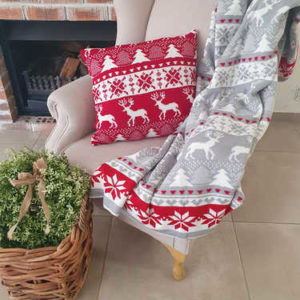 Grey & red knitted Christmas blanket