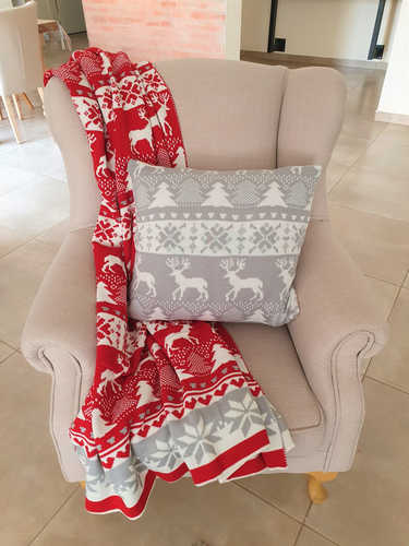 Knitted red, white & grey Christmas blanket